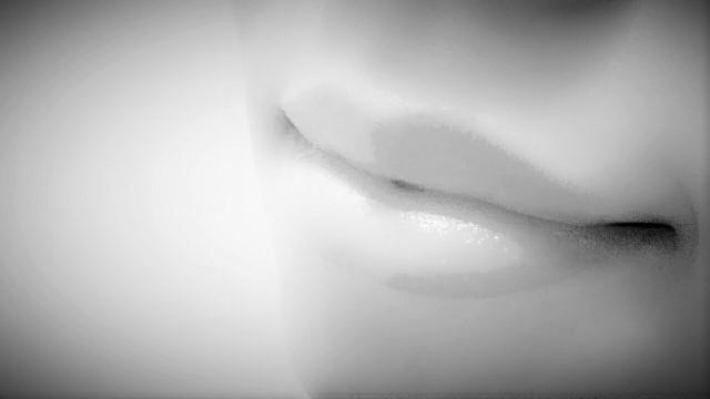 """【おすすめコスメ】唇の""""荒れ""""に本当に効く!「モアリップN」"""