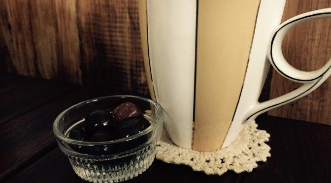 知らなかった!ブラックコーヒーと相性ピッタリなのはミルクチョコ??